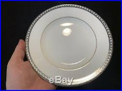 Wedgwood Ulander R4407 Black and Gold 60 Pc 12 Place Settings Dinner Salad Plate
